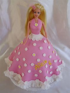 Pink barbie cake By cakehelp on CakeCentral.com