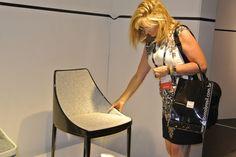ABIMAD - Feira de móveis e decoração.  Está cadeira recebe Nota 10! ADOREI.