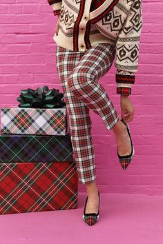 JOY & COMFORT WITH J.CREW // | Atlantic-Pacific Plaid Pants Outfit, Plaid Heels, Plaid Outfits, Atlantic Pacific, Plaid Coat, Fashion Sites, Preppy Style, Fall Winter Outfits, Passion For Fashion