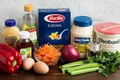 Macaroni Salad Homemade Macaroni Salad, Macaroni Pasta Salad, Hawaiian Macaroni Salad, Classic Macaroni Salad, Pasta Salad Recipes, Classic Salad, Salad Dishes, Pasta Dishes, Food Dishes