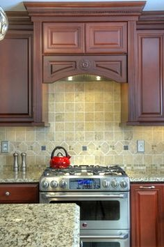 Leesburg Traditional Cherry Kitchen - Range - traditional - Kitchen - Other Metro - Synergy Design & Construction