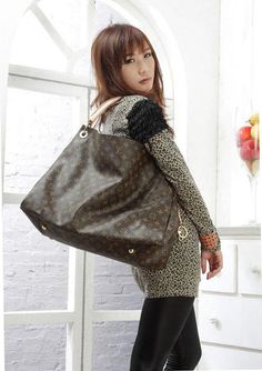 #Louis #Vuitton #Handbags Artsy $196, 2015 New Louis Vuitton Bag Outlet Hot Sale For This Summer, Save 50% For Womens Love Style, Not Long Time Cheapest Price, Shop Now!
