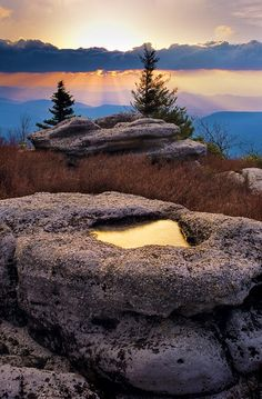 Beautiful Bear Rocks of Dolly Sods, West Virginia United States @calebvillers
