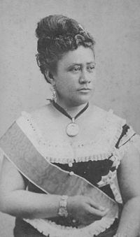 1890- Kapiolani, wife of the Hawaiian king, founds a small medical center for women and children.  It will one day grow to become the birthplace of President Barack Obama of the United States.