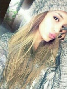 Ariana) do you guys know any boys who likes me? who am i kidding....none of them do..right? *looks positively flawless*