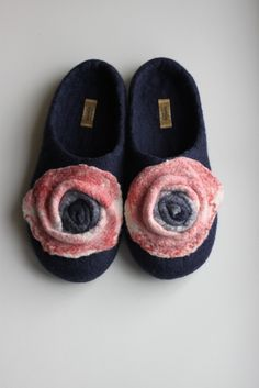 Felted wool slippers --- Handmade to Order. $75,00, via Etsy.