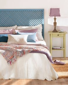 Like the headboard. Bedroom Bed Design, Bedroom Colors, Home Bedroom, Bedroom Decor, Home Confort, Home Staging, Interior Design, Decoration, Ideas Fáciles