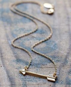 golden arrow necklace - Park and Pond