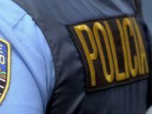 El Nuevo Día - Roban arma de policía durante asalto