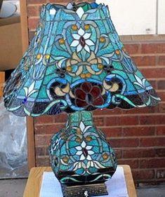 Old Fancy Tiffany Lamp (N-29DZ-30DZ)
