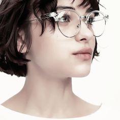 Brunette teen model gorgeous