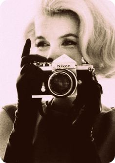 cmon! is there anything more beautiful then these two?? my favs, marilyn & nikon. <3
