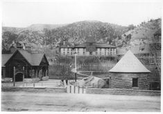 Cliff House and Navajo Spring, Manitou Sorings Manitou Springs Incline, Manitou Springs Colorado, Colorado City, Visit Colorado, Cliff House Hotel, Iron Springs, Rainbow Falls, Pikes Peak, Old Pictures
