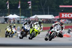 Dustin Dominguez leads the pack of fast, up & comers in the Mid-Ohio SuperSport race