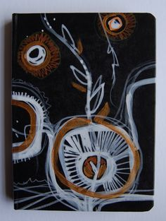 Libreta pintada a mano, de la serie ¨del jardín¨, tinta china y acrílico. !0.5 x 14.5 cms. Ana Milena Gómez