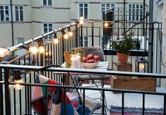 narrow balcony 6 Decorating Tips To Make The Most Of Your Tiny Outdoor Space 6 Decorating Tips To Make The Most Of Your Tiny Outdoor Space 6 Decorating Tip Narrow Balcony, French Balcony, Balcony Bar, Balcony Chairs, Small Balcony Design, Small Terrace, Small Outdoor Spaces, Balcony Plants, Balcony Ideas