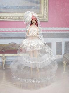 The white dress, Royal palace by RMLBJD.deviantart.com on @deviantART #bjd #3dprinter #balljointeddoll #doll