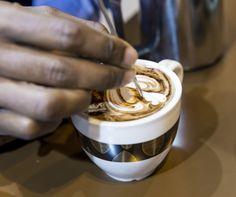 Latte art, de la mano de nuestros baristas Candelas.