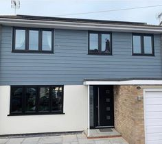 See how others have used external wall cladding to transform their home, garden buildings, extensions & new build projects using cladding colours and textures Bungalow Exterior, Wall Exterior, Dream House Exterior, House Extension Plans, Extension Ideas, External Wall Cladding, Rendered Houses, House Exterior Color Schemes, Weatherboard House