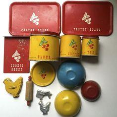 """Vintage Ohio Art tin-litho child's toy tea set """"Cherry Pastry Set"""" #OhioArt"""