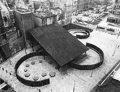 furtho: Aldo van Eyck's Nieuwmarkt playground, Amsterdam (via amalganesha) Aldo Van Eyck, Movement In Architecture, Landscape Architecture, Architecture Photo, Landscape Design, Pavillion Design, Amsterdam, Modernist Movement, Urban Life