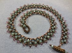 Seed bead jewelry Moon Rocks Necklace ~ Seed Bead Tutorials Discovred by : Linda Linebaugh Spring Flower Buds Necklace Part These are the Milky Turquoise Pink Topaz… Try this for Garden Plaza classes Bead Jewellery, Seed Bead Jewelry, Beaded Jewelry, Handmade Jewelry, Beaded Bracelets, Necklaces, Clay Jewelry, Rock Necklace, Seed Bead Necklace