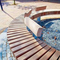 grand circular bench suitable for placement under trees