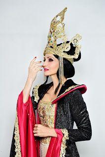 http://www.claudiagrohovaz.com/2017/02/la-regina-di-ghiaccio-il-musical.html