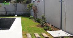 Jardin particular Torrevieja. Zona Piscina