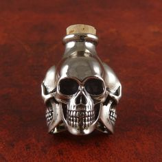 Skull Bottle - White Bronze Three Skull by Lost Apostle