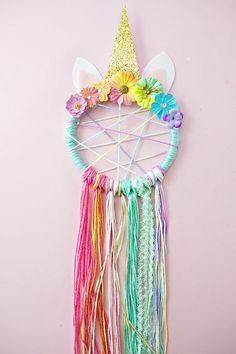 DIY Unicorn Necklace Kids Craft with Free Printable Labels - toyshare subscriptions Kids Crafts, Diy And Crafts, Craft Projects, Arts And Crafts, Craft Ideas, Crafts To Make And Sell Easy, Diy Ideas, Baby Diy Projects, Homemade Crafts
