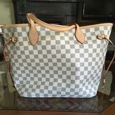 LV Neverfull MM Damier Azur ❌ authentic! Don't ask the obvious based upon price! Very high quality, 1:1 with all cowhide leather trimmings. Willing to negotiate price via another form of payment, serious buyers text me at 937 209 1697 comes with dust bag and cards. Thanks. Louis Vuitton Bags Shoulder Bags