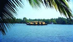 brings you some of the top 10 tourist places to visit in Kerala. Find best honeymoon destinations in Kerala. Travel Destinations In India, India Travel Guide, Amazing Destinations, Honeymoon Destinations, Kerala Backwaters, Kerala Tourism, Kerala Travel, 365days, Kerala India