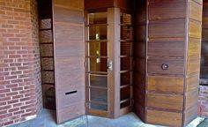 Hanna House, Stanford University, California; Frank Lloyd Wright, Architect