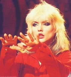 Debbie Harry of Blondie. Punky Color, First Rapper, Blondie Debbie Harry, Rock Of Ages, The New Wave, Punk Goth, Bob Marley, Blondies, Amor