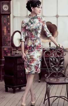 Silk Dress Wedding Dress Pencil Dress with Oil Painting Floral Cheongsam Chinese Dress Vintage Style Beautiful Dress Original Design: