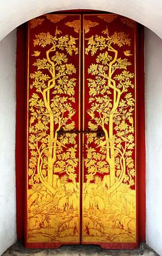 Fancy doors in Thailand at the Upper Terrace at the Royal Monastery of the Emerald Budda (Wat Phra Kaeo), on the grounds of The Grand Palace (begun in 1782). - photo by Chris, via Flickr