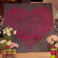 Créer une décoration en forme de coeur avec de la ficelle