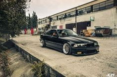 BMW E36 3 series black