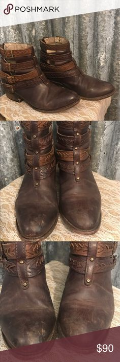 ♨New Listing ♨ Freebird Leather Booties Size 8 Freebird  by Steve Madden Leather Booties Size 8 in good condition. These booties are awesome all leather with a distressed look that zip in the back. These have been worn & the logo is missing from the bottom of the shoe but it is inside on the footbed. Inside shoes a little wear on the leather. More of a breaking in or rubbing. I have 2 other pairs so I am letting these go. Don't pass these awesome boots up at a great price. New these are over…