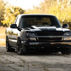 custom trucks and accessories Chevy Trucks Lowered, Custom Chevy Trucks, Chevy Pickup Trucks, Classic Chevy Trucks, Chevy Pickups, Chevrolet Silverado, Chevy Silverado Single Cab, Silverado Truck, Chevrolet Trucks