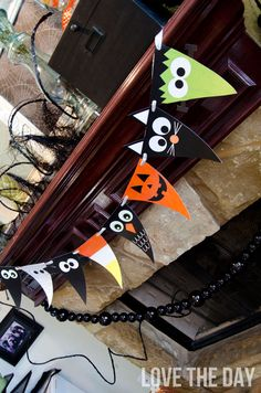 FREE Printable Halloween Character Banner from Love The Day