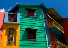 La Boca - The best places to visit in Buenos Aires, Argentina Places To See, Places Ive Been, The House On Mango Street, Cities, Dream Vacations, Vacation Destinations, South America, Latin America, House Colors