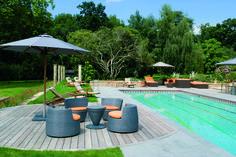 création d'une piscine rectangle avec aménagement Villa, Concept, Outdoor Decor, Collection, Home Decor, Patio Ideas, Homemade Home Decor, Fork, Decoration Home