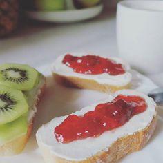 ¿Que le boy a hacer si el desayuno es mi comida favorita del dia?  #buenosdias #goodmorning #365photochallenge #day267 #desayuno #breakfast #teverde #greentea #loveit #yummy #delicioso #comencemos #felizmiercoles #happywednesday