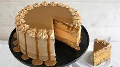 butterscotch maple cheesecake torte - A towering cheesecake torte that's packed with favorite fall flavors, this dessert gets a quick start with Betty Crocker SuperMoist butter recipe yellow cake mix and frosting. Betty Crocker, Cupcakes, Cupcake Cakes, Cheesecakes, Cheesecake Recipes, Dessert Recipes, Cheesecake Cake, Delicious Desserts, Brownie Trifle