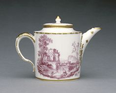 Tea Pot (théière litron); Sèvres Manufactory (French, 1756 - present); Sèvres, France; porcelain late 18th century; decoration 19th century; Soft-paste porcelain, camaieu rose decoration and gilding; 8.7 x 11.9 x 6.8 cm (3 7/16 x 4 11/16 x 2 11/16 in.); 79.DE.63