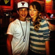 #austinmahone and #taylorswift   say whatttt. (:  hes going on tour with her soon!!