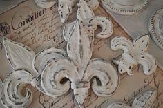 Hjerter og Hvite Liljer made of clay