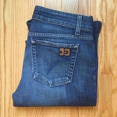 Selling these on Poshmark: Joe's Jeans; Honey, Curvy Boot Cut. Check it out! Price: $39 Size: 27